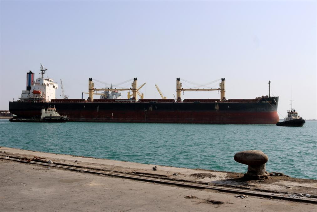 اليمن | السعودية تسمح لسفن وقود بالرسوّ في ميناء الحديدة