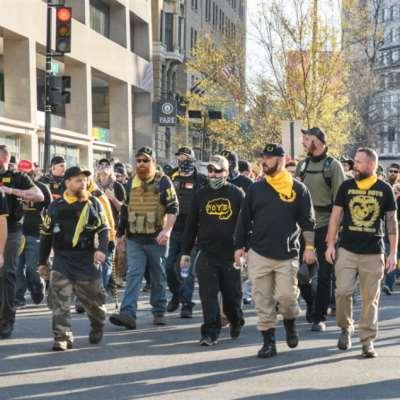 الميليشيات الأميركية: من حماية الولايات... إلى «الإرهاب الداخلي»