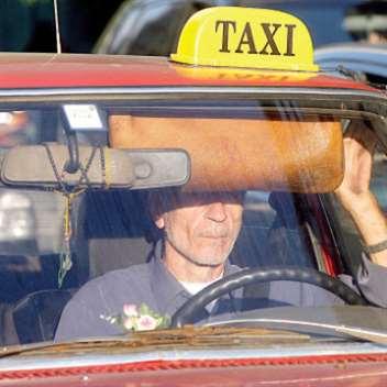 سيارات الأجرة بـ4 آلاف رسمياً