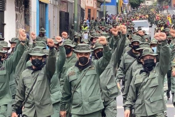 مادورو في ذكرى رحيل تشافيز: مستعدّون للمواجهة