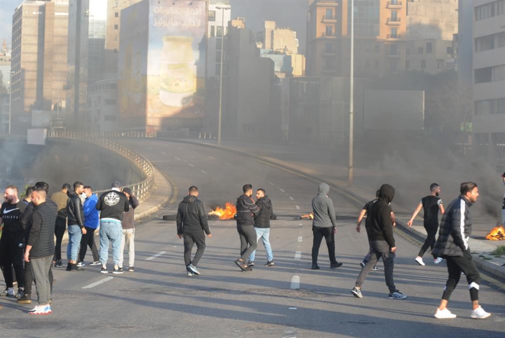 احتجاجات وقطع طرقات لحماية سلامة وداعميه: أحزاب السلطة تخطف الشارع
