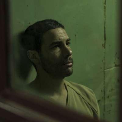 فيلم يسرد حكاية ولد الصلاحي أشهر سجناء غوانتنامو | «الموريتانيّ»: كيفين ماكدونالد يغسل يَدَيْ أميركا