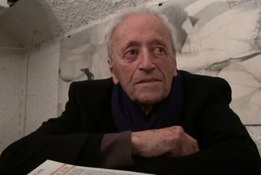 رحيل الشاعر والروائي الفرنسي برنار نويل