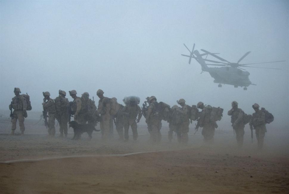 بايدن على خُطى ترامب: حان وقت عودة القوات إلى الوطن