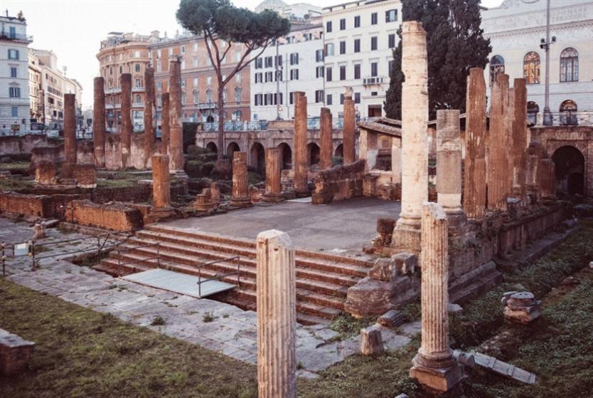 «أريا ساكرا»... من اغتيال قيصر إلى منطقة سياحية