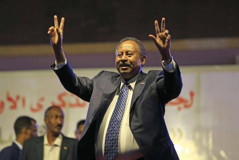 حمدوك يراهن على حلّ سلمي مع إثيوبيا... ومستعد لزيارة كيان العدو