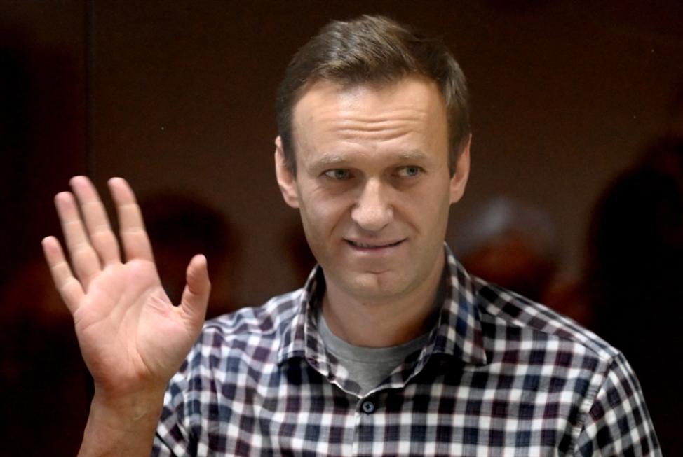 موسكو تنقل نافالني إلى المستشفى وتحذّر من أيّ تظاهرات جديدة
