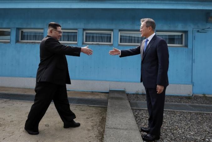 توجّه كوري جنوبي لتقييد إرسال المواد الرقمية إلى الشمال