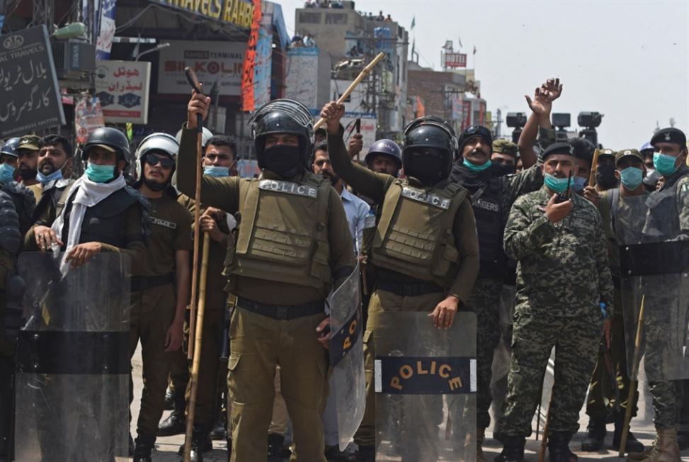 باكستان: إطلاق سراح 11 شرطياً محتجزاً