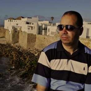 محمد سعيد احجيوج يأخذنا في أحجياته