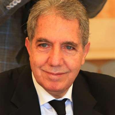 وزني يتسلّم من اتحاد نقابات النقل مشروع دعم القطاع بمادتَي البنزين والمازوت