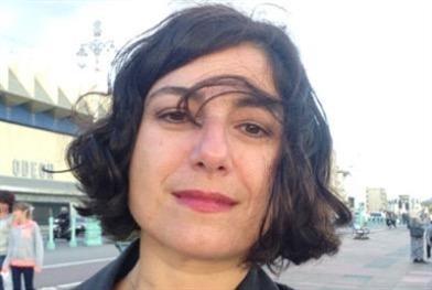 زينة معاصري في بيروت (إفتراضيّاً) السياسة البصرية و«الراديكاليّة الكوزموبوليتانيّة»