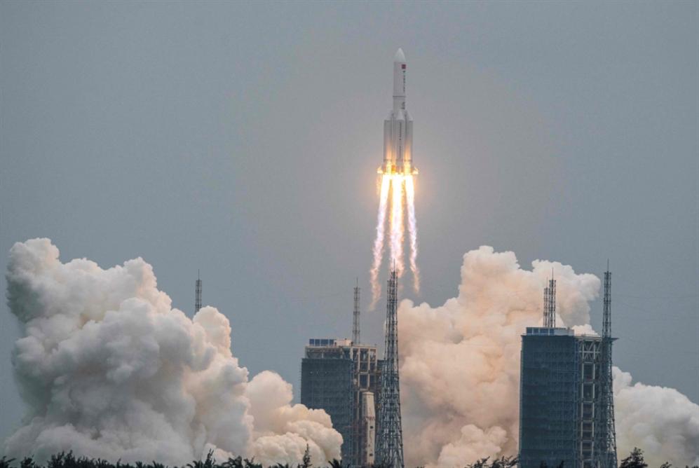 الصين تطلق الوحدة الأساسية لمحطتها الفضائية
