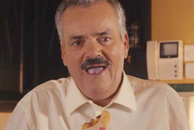 وفاة خوان خويا بورجا... صاحب الضحكة العجيبة
