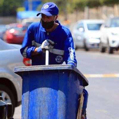 عمّال النظافة اللبنانيون: «بدنا وقت لنتعوّد»!