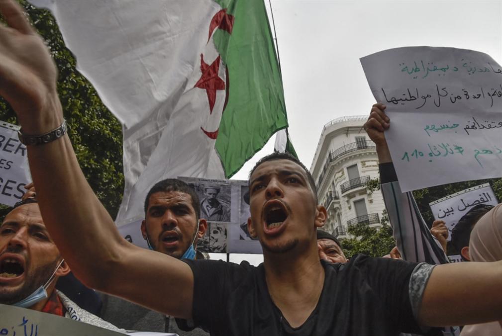 احتجاجات الجزائر مستمرة رغم الاعتقالات