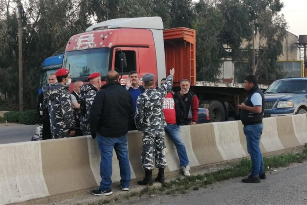 سائقو طرابلس يعتصمون: سنأخذ حقوقنا بأيدينا