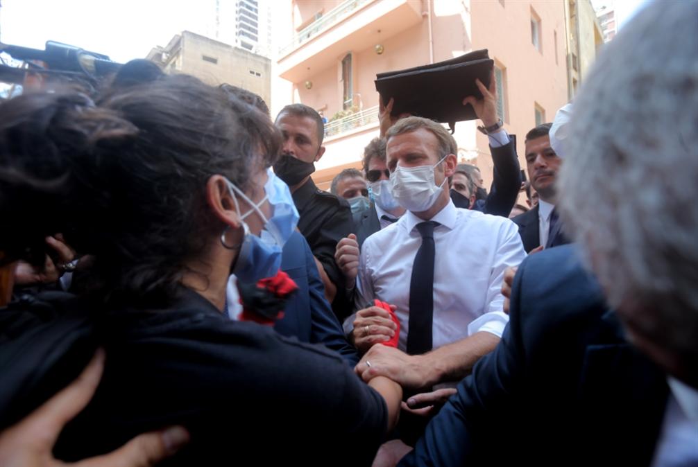 تخبّط فرنسي في لبنان: سياسة الجزرة  والجزرة