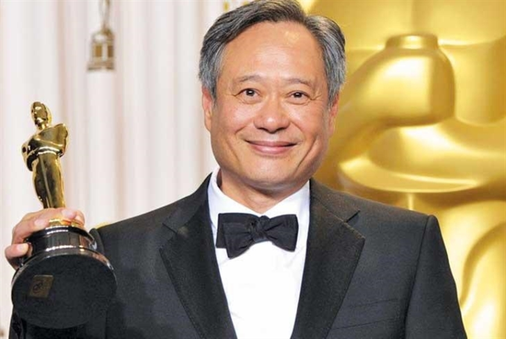 جائزة «شرف» لآنغ لي