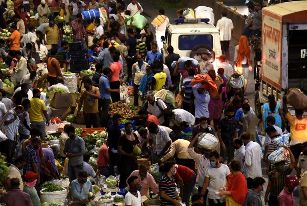 الهند تسجّل أكبر عدد من الإصابات اليومية بـ«كورونا» في العالم