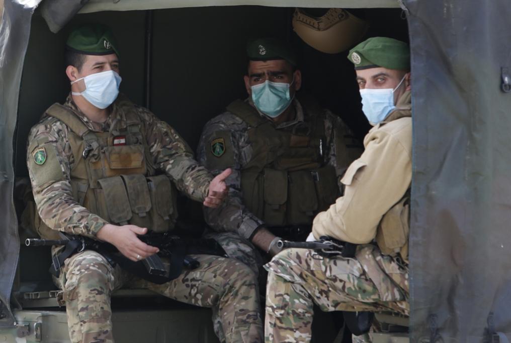 الجيش ينشر إرشادات لتفادي مخاطر انجراف الألغام من الحدود السورية