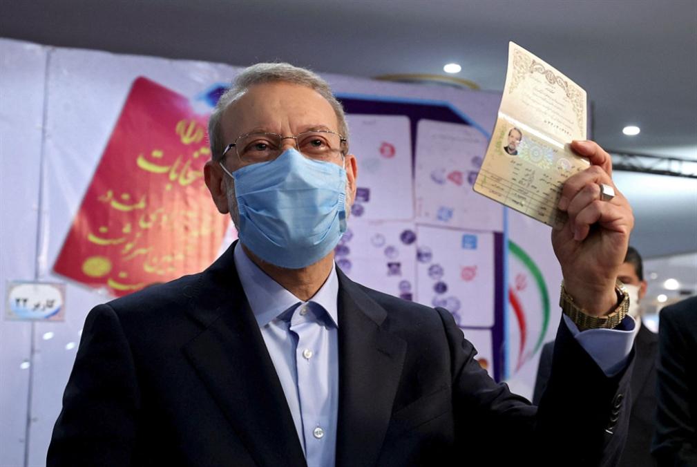 لاريجاني ورئيسي يعلنان ترشحهما للرئاسة في إيران