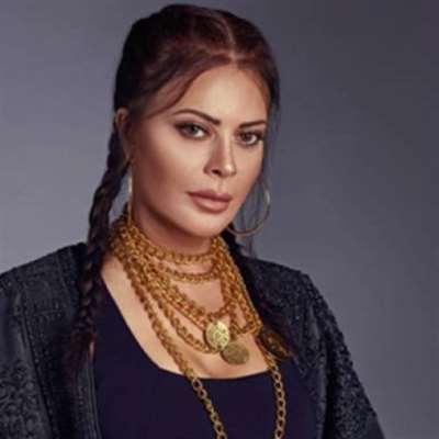 كارمن لبس تجنّد صفحتها لفلسطين