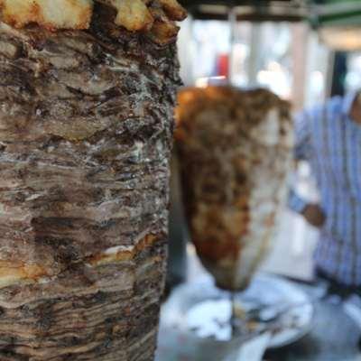 الأزمة الاقتصادية تضرب «المطبخ»: الأطباق اللبنانية جودة أقل... و«خطر» أكبر!
