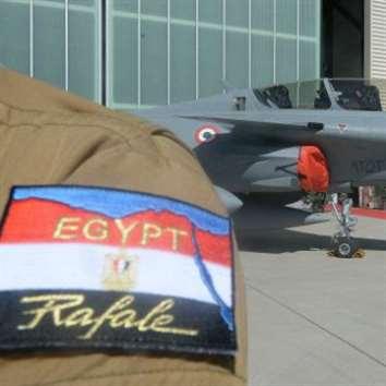فرنسا توافق على تسليم مصر 30 مقاتلة «رافال»