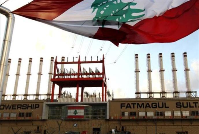 علي إبراهيم يمنع باخرتَي الكهرباء من مغادرة لبنان