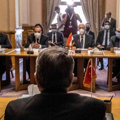 القاهرة تبدأ مشاوراتها مع الوفد التركي