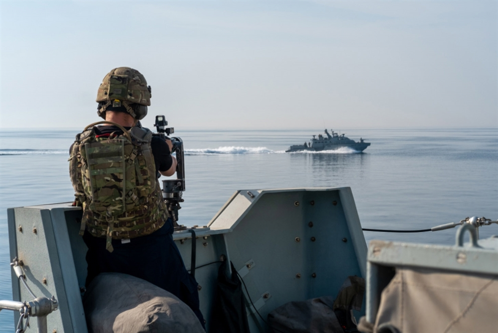 «فعلٌ نراه من إيران وروسيا»... البحرية الملكية البريطانية تتحرك لمواجهة فرنسا!