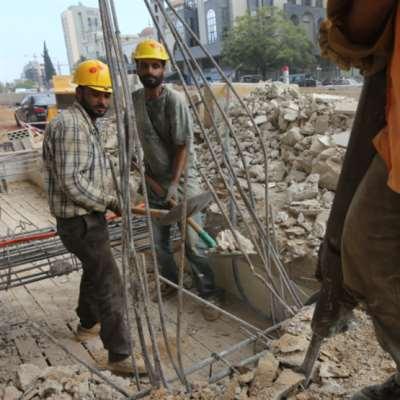 الوفيات بين النازحين من جرّاء «كورونا» أربعة أضعاف المعدل الوطني: العمال السوريون لا يُصابون... ولا يُلقّحون؟