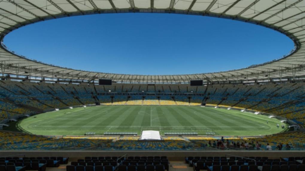صورة البرازيل تخسر جولة... كورونا أقوى من كرة القدم