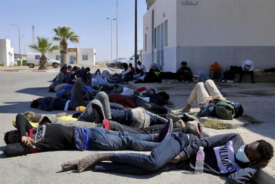 إنقاذ 338 مهاجراً قبالة الشواطئ الليبية