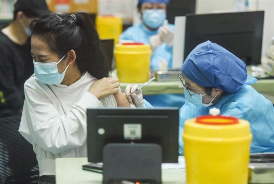مليار جرعة لقاح ضد «كورونا» وُزّعت في الصين