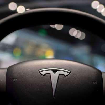 ما العيب الذي أجبر «تيسلا» على سحب 6 آلاف سيارة في أميركا؟