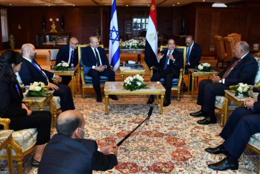 لقاء السيسي ـــ بينت يعيد «مصر للطيران» إلى «بن غوريون»
