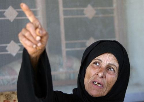 أم كامل والدة الشهداء (وائل اللادقي)