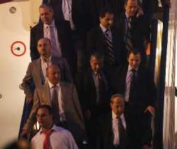 زعماء لبنان... عادوا بعدما اتفقوا (هيثم الموسوي)