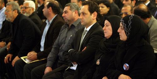 من لقاء «الحقيقة» في السرايا أمس (مروان طحطح)