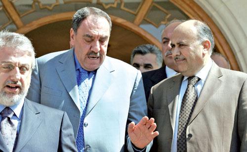 من زيارة الوفد اللبناني الشمالي إلى سوريا لتحسين العلاقات معها (أرشيف)