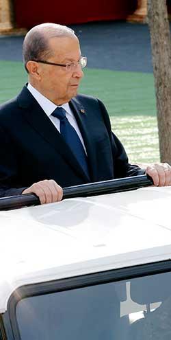 رئيس الجمهورية في عرض الاستقلال أول من أمس (هيثم الموسوي)