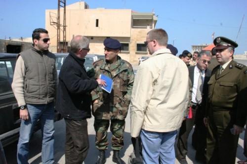 عناصر من الشرطة الألمانية والجيش في عكار (عصام رجب)