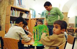 قسم الأطفال في مكتبة صور العامة (حسن بحسون)