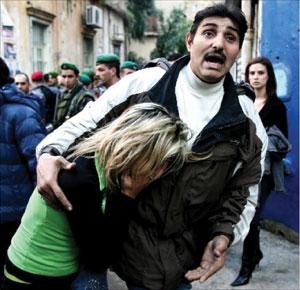 صدمة بعد انهيار المبنى (وائل اللادقي)