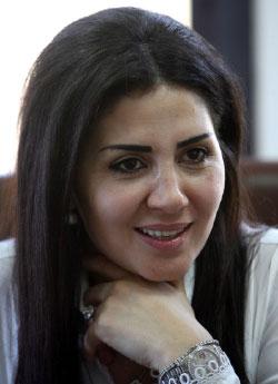 والدها دركي متقاعد وقد أحبّت في صغرها إقامة حاجز لتوقيف الناس (مروان طحطح)