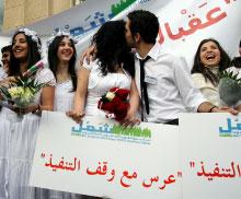 دامت الدولة الطائفية مائة سنة لكنها اليوم خطر على لبنان (أرشيف ــ مروان طحطح)