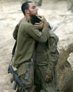 إسرائيل سعت لتجميل الواقع الأليم الذي أفضت إليه الحرب (كارلوس باريا - رويترز)