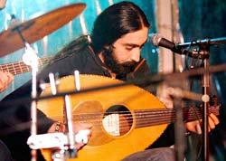 تنتمي أغنيته لا محالة إلى الفن الملتزم (مروان طحطح)